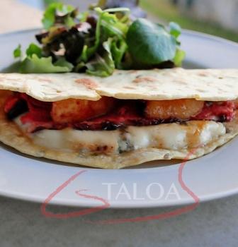 Recette Taloa au magret de canard bleu basque et poire rôtie
